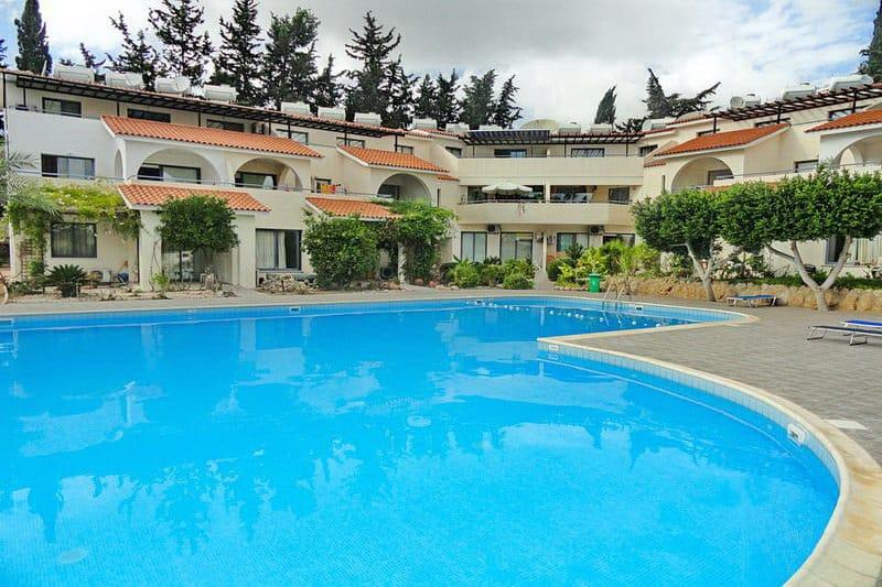 Immobilie zum Kauf auf Zypern im Raum Paphos - eine Wohnanlage mit Gemeinschaftspool - Auswandern und Leben auf Zypern