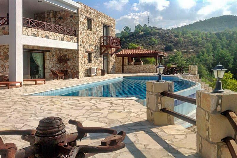 Ein Steinhaus in den Bergen - Auswandern und Leben auf Zypern