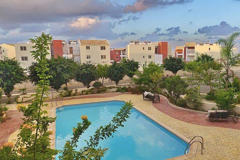 Eine typische Appartementanlage in Kato Paphos - Auswandern und Leben auf Zypern
