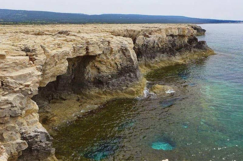 Felsformationen im Akamas-Gebiet - Auswandern und Leben auf Zypern