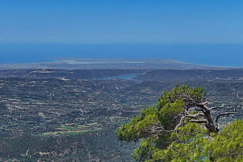 Aus dem Troodos-Gebirge - Auswandern und Leben auf Zypern
