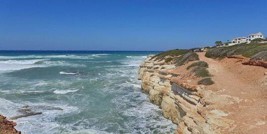 BEACHFRONT-GRUNDSTÜCK IN SEA CAVES ZUM KAUF – PFPL106