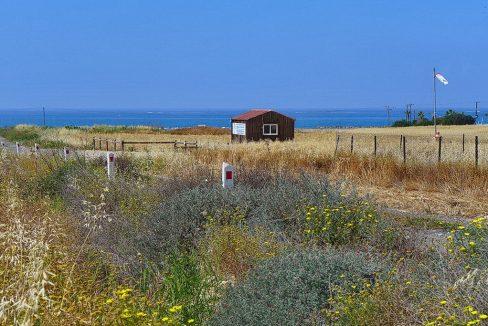 Bauland auf Zypern: Beachfront-Grundstück in exklusiver Lage im Raum Paphos zum Kauf - PFPL114