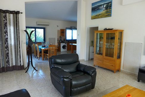 Immobilien auf Zypern: Zypern Villa in Coral Bay im Raum Paphos zur Langzeitmiete - PFRS120