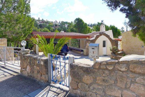 Immobilien auf Zypern: Zypern Villa in Kamares im Raum Paphos zum Kauf - PFSB174