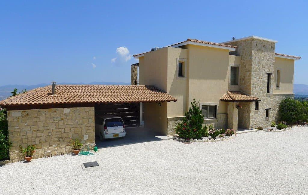 Immobilien auf Zypern: Zypern Villa in Stroumpi im Raum Paphos zum Kauf - PFRE102