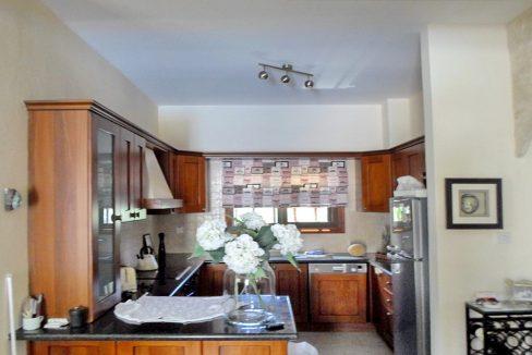 Immobilien auf Zypern: Zypern Villa in Kallepia im Raum Paphos zum Kauf - PFSB145