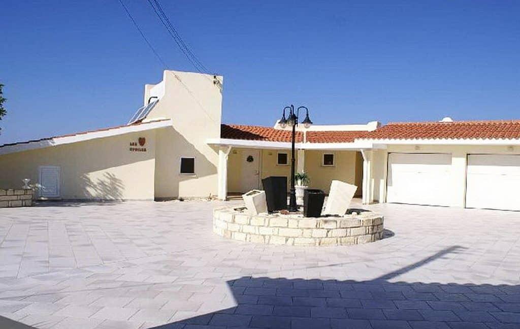 Immobilien auf Zypern: Zypern Villa in Kissonerga im Raum Paphos zum Kauf - PFSB149