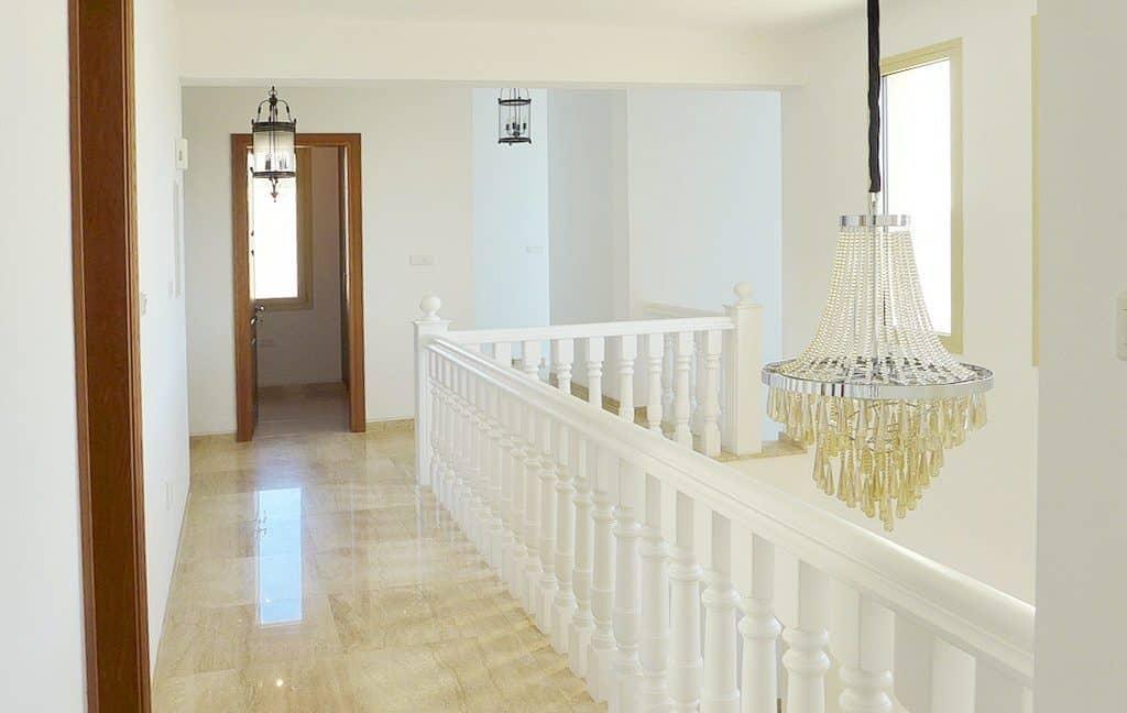 Immobilien auf Zypern: Zypern Villa in Sea Caves im Raum Paphos zur Langzeitmiete - PFRS122