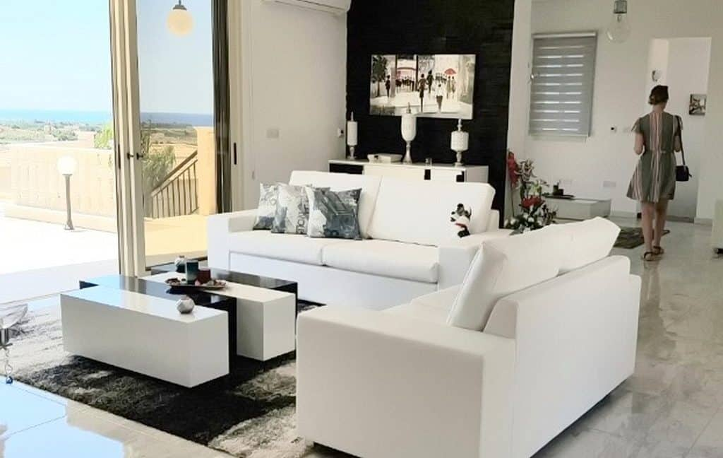 Immobilien auf Zypern: Zypern Villa in Sea Caves im Raum Paphos zum Kauf - PFSB211
