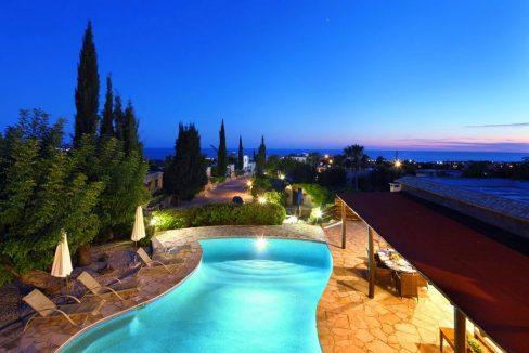 Immobilie zum Kauf auf Zypern: Zypern-Finca mit Privatpool in Peyia - PFSB218