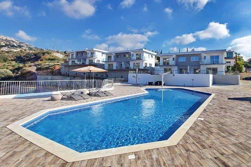 Immobilie auf Zypern: Neubau-Doppelhaushälfte in Tala / Kamares im Raum Paphos zur Langzeitmiete